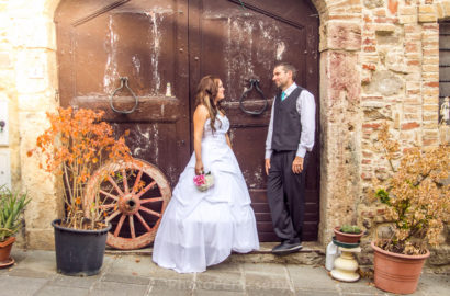Eloping in Casole d'Elsa Italy