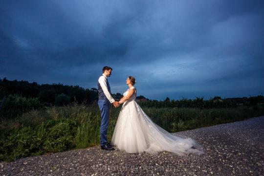 Lucca Farmhouse Creative Wedding Photo Session