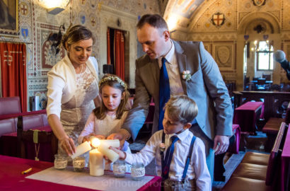 Simple Wedding Ceremony with kids in Volterra
