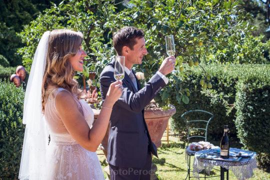 Romantic Backyard Wedding in a Villa near Florence