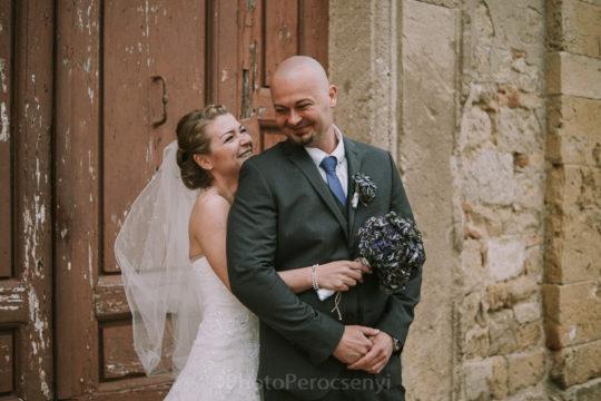 Lookslikefilm Colors Rustic Farmhouse Wedding in Tuscany
