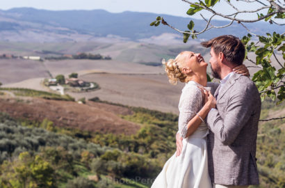 Tuscan Hills and Towns Wedding Photo Soot